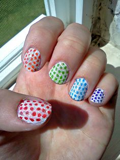 sharpie polka dotted sparkle nails