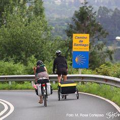 El #Camino nunca descansa. Los #caminantes hacen el Camino al andar. O al pedalear.  #CaminodeSantiago #CaminodelNorte #CaminodelaCosta #Caminantes #Peregrinos #Otoño #Autumn #Gijón #Xixón #Asturias #Asturies #AsturiasConSal #GijonAsturiasConSal #GijonNorthernSpainWithZest #GijonleNorddelEspagnequipetille #Turismo #Tourism