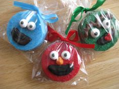 Chocolate Covered Oreo Cookies - Sesame Street - Elmo - Cookie Monster - Oscar the Grouch - 1 Dozen Party Favors