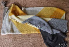 TurtleCraftyGirl: Color block Bias Baby blanket