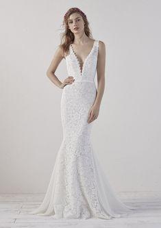 ab07e4795b85 Pronovias Eladia Wedding Dress - Maria Modes