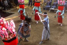 At the the end of the Lion Dance a farmer defeats the last lion in an epic battle that restores peace to the villagers. End to a wonderful performance.  - News On Japan - Soul of Japan