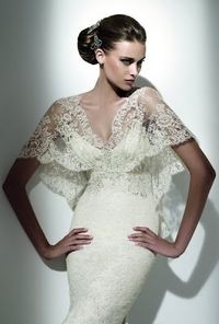"""Lace bolero as a cover-up for the ceremony over an otherwise risqué plunging neckline - perfect for """"old Hollywood glamour - 40s"""" style! Don't forget the matching Rita Hayworth hairdo..."""