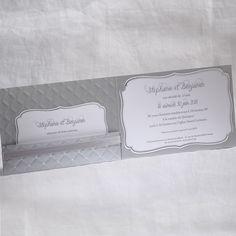 Faire-part Mariage - ref 49553 Collection Faire-part Mariage Duo 2016 www.fairepartselection.fr Tendance, baroque, matelasse, pochette, argent, gris perle, personnalise