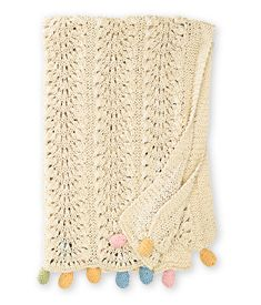 creamy crochet blanket. So pretty! On Chasing Fireflies