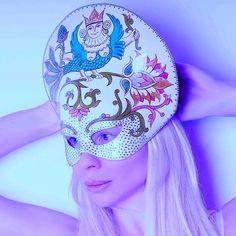 #olgaross #art #handmademasks #photoart #photographer #photoshoot #mask #mode #masks #masked #maskdesign #masquerademask #couturemask #fashionmask #fashionmasks #fashionstyling #fashioneditorial