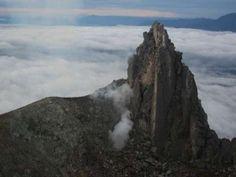 Cloud Peak waiting curled Sinabung