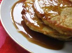 Tortitas de manzana y canela con salsa de toffee