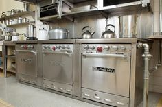 Perfectly preserved mid-century restaurant-style stove | Hillwood Estate