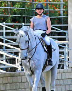 Chloë Grace Moretz Riding a Horse in LA, 12/08/15