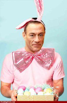 Easter-Bunny-Jean-Claude-Van-Damme--39149.jpg 750×1,148 pixels