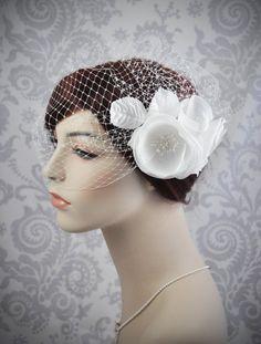 White flower fascinator, Ivory flower fascinator, bridal fascinator, hair fascinator