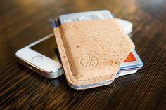 STITCH & LOCKE|コルク製SLIDE財布 - ガジェットの購入なら海外通販のRAKUNEW(ラクニュー)