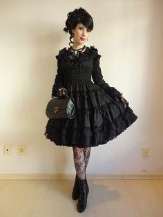 26dac826b82e The Reliquatory Goth-Lolita dress Photos Gothiques, Gothic Lolita Fashion, Lolita  Style,