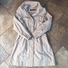 KENNETH COLE Trench Coat BUNDLE & SAVE 30%   This is a light weight trench coat perfect for Spring or Fall! Tan color with cinched elastic waist. NWOT! Kenneth Cole Reaction Jackets & Coats