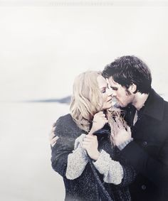 Captain Swan + New York kiss