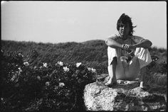 Paul in Scotland, in Photo taken by Linda McCartney. Wings Over America, My Love Paul Mccartney, Planet Love, Sir Paul, The Fab Four, Most Beautiful Man, Good People, Music Artists, Rock Bands
