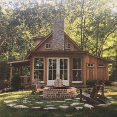 Small Cabin Designs, Small Cabin Plans, Small Cabins, Rustic Lake Houses, Rustic Homes, Off Grid Cabin, A Frame Cabin, Cabins And Cottages, Log Cabins