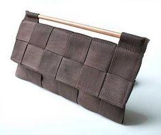 a la mode seatbelt clutch purse