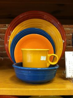Fiestaware: paprika, marigold (now retired), lapis (2013 new color), and tangerine. #fiestaware #funfallmix