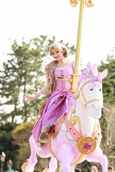 Rapunzel. On Maximus. I love it.