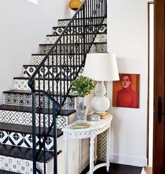 DIY Inspiration for painted stairs. (image by Live Love Design).gorgeous, really should have bought a house with stairs! Stenciled Stairs, Painted Stairs, Wooden Stairs, Painted Tiles, Hand Painted, Tiled Staircase, Tile Stairs, White Staircase, Basement Stairs