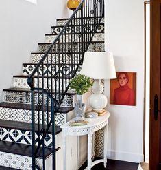gostei dos azulejos decorando a escada