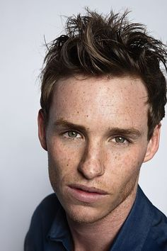 Eddie Redmayne in HARRY POTTER Spinoff FANTASTIC BEASTS AND WHERE TO FIND THEM - http://filmfreak.org/eddie-redmayne-in-harry-potter-spinoff-fantastic-beasts-and-where-to-find-them/