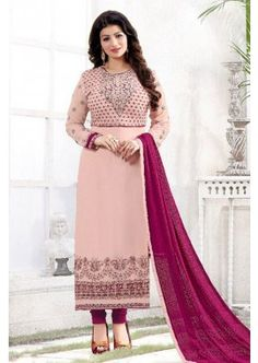 couleur rose georgette churidar costume, - 88,00 €, #RobesIndienne #TenuBollywood #CostumeMariagePasCher #Shopkund