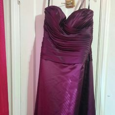 Formal gown Long dress very pretty ruched fabric flattering to figure and abdominal area can be worn with or without straps Bill Levkoff Dresses Prom