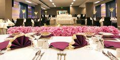 Faceti-va planuri doar cu persoana iubita sau optati pentru o nunta de vis alaturi de familie, prieteni dragi si invitatii dumneavoastra!