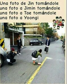 Read n° 10 from the story BTS MEMES by EnderSony with reads. J-Hope prenant une photo de Jin prenant. Jimin Jungkook, Bts Taehyung, Bts Bangtan Boy, Namjoon, Woozi, K Pop, Frases Bts, Vkook Memes, Les Bts