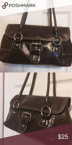 I just added this listing on Poshmark: pocketbook. #shopmycloset #poshmark #fashion #shopping #style #forsale #Giani Bernini #Handbags
