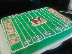 (2013) Bengals cake