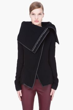 #GARETH PUGH black oversize collar a-symmetric leather-trimmed jacket  #Fashion #New #Nice #Jackets #2dayslook  www.2dayslook.com