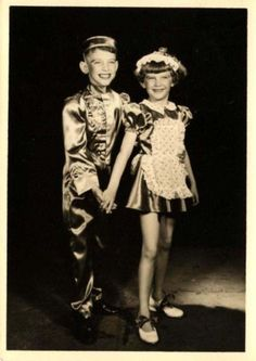 Dancers-Dance-Stage-photo-little-children-1950s-photo