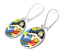 The holidays are right around the corner! Wonder Woman earrings
