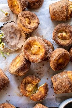 Welcoming the weekend with fresh baked Cinnamon Sugar Brown Butter Popovers.better known as simple, 8 ingredients, roll your eyes back GOOD popovers! and Drink breakfast hash browns Cinnamon Sugar Brown Butter Popovers. Mini Desserts, Plated Desserts, Baba Ao Rum, Dessert Crepes, Half Baked Harvest, Brown Butter, Macaron, Baking Recipes, Keto Recipes