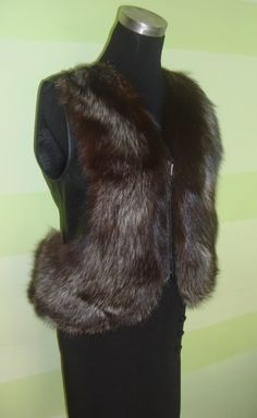 b2c061660f2 Представляем вам жилетку  кожа+ чернобурка (вот что можно сделать из одной  шкуры и
