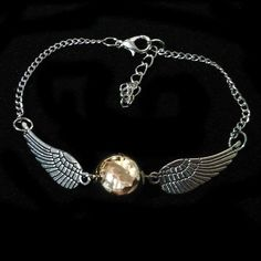 Pulsera Snitch dorada de Harry Potter
