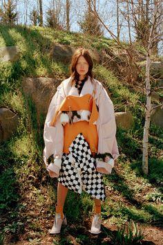 Annie Li-Look 1.jpg