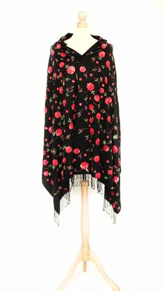 Vintage black shawl/cape with red rose sequin details Shawls, Vintage Black, Red Roses, Vintage Antiques, Piano, Cape, Sequins, Bohemian, Detail