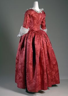Robe à l'anglaise Red silk damask Circa 1775, England Fabric by Anna Maria Garthwaite, 1751 Museum purchase, 2008.4.1