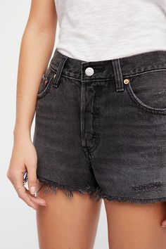 Levis 501 Black, Black Jean Shorts, Free People Store, Skirt Pants, Cut Off, Vintage Inspired, Casual Shorts, Cute Outfits, Clothes