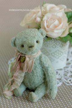♥ ♥ ♥ ♥ ♥ ♥ ♥   Первый малыш из коллекции «Любимый мишка». Имена не даю в этот раз, пусть они получат их в новых домиках. Но для себя, пока...