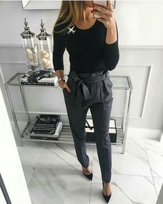 Love the tie waist pants work outfits women winter office style, fall work fashion, Casual Work Outfits, Winter Outfits For Work, Mode Outfits, Work Casual, Fashion Outfits, Outfit Work, Casual Work Clothes, Creative Work Outfit, Teacher Work Clothes