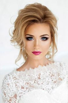 Magnificent Wedding Makeup Looks for Your Big Day Wedding Day Makeup / Bridal makeup beauty wedding Makeup Looks Blue Eyes, Wedding Makeup For Blue Eyes, Wedding Makeup Tips, Natural Wedding Makeup, Wedding Makeup Looks, Wedding Beauty, Natural Makeup, Dramatic Wedding Makeup, Natural Beauty