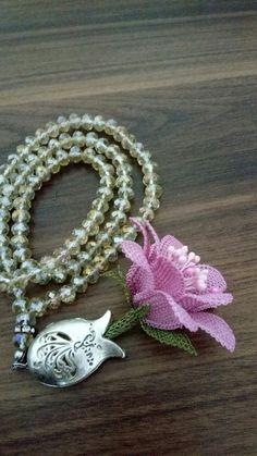 Diy Flowers, Crochet Flowers, Wire Art, Crochet Earrings, Beads, Accessories, Instagram, Jewelry, Design