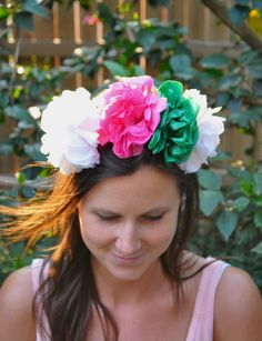 First Day of Spring and spring brings flowers, which in turn makes me want to wear a spring floral crown. Perfect DIY Paper Flower Crown Tutorial