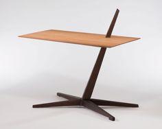 다음 @Behance 프로젝트 확인: \u201cCantilever Table\u201d https://www.behance.net/gallery/47265811/Cantilever-Table